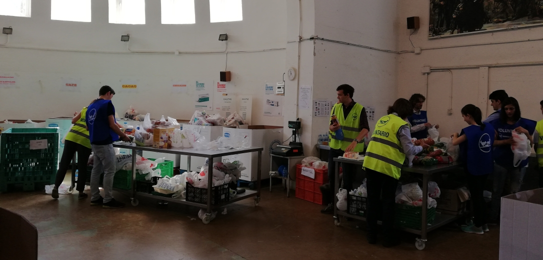 Voluntarios del Banco de Alimentos en Madrid