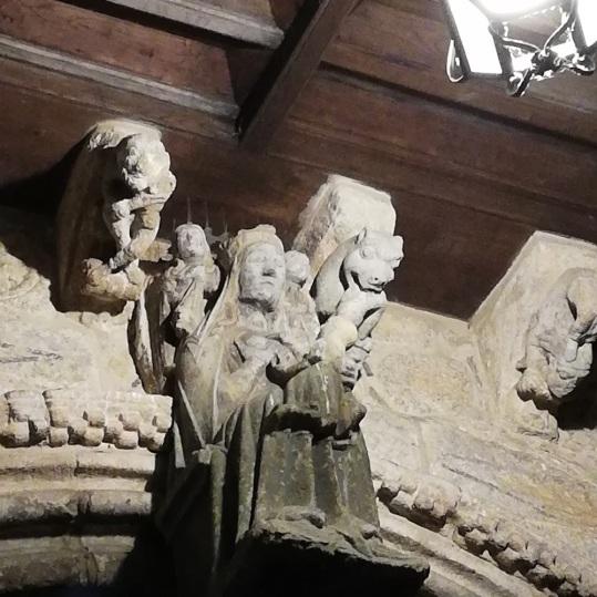 Detalle de María amamantando a Jesús.