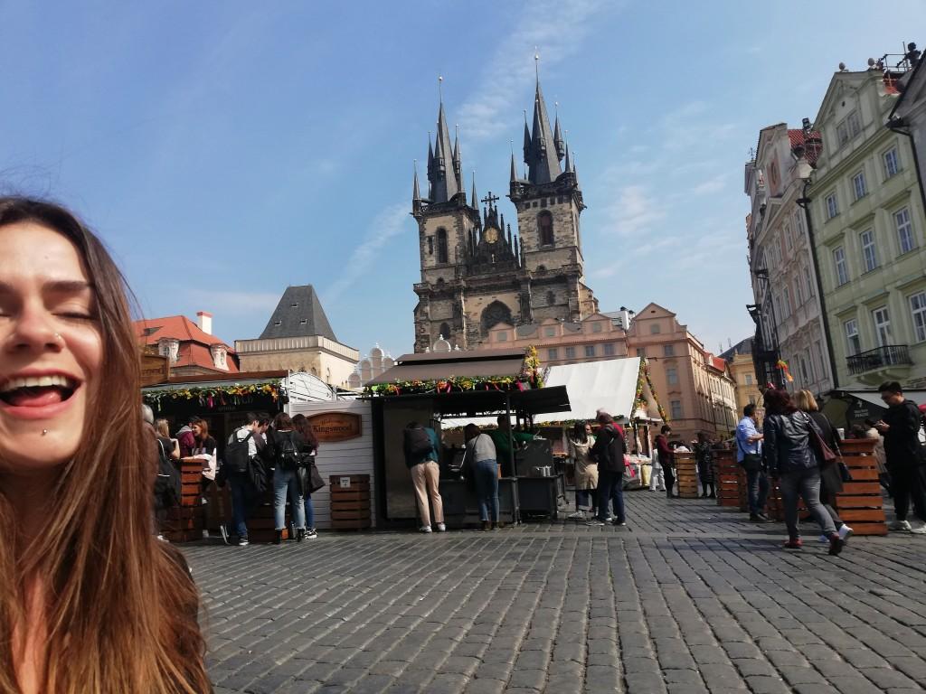 Y yo flipo en Praga.